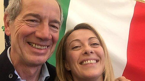 """Comunali Roma, Bertolaso: """"Voti taroccati, ai gazebo ho vinto io"""". E Salvini invoca la Meloni"""