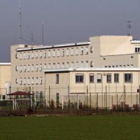 Facevano entrare droga e cellulari in carcere: 14 arresti a Velletri