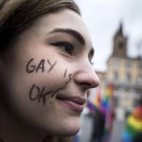 Unioni civili, il popolo arcobaleno in piazza: ''La battaglia continua''