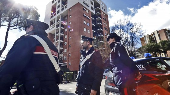 Roma, massacrato dopo un festino a base di alcol e cocaina: due fermi