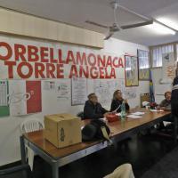 Primarie Roma: serratura con silicone a Tor Bella Monaca e gazebo rubato a via Lupi Augusto