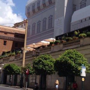 Roma Sigilli Alla Terrazza Barberini Per Gravi Carenze