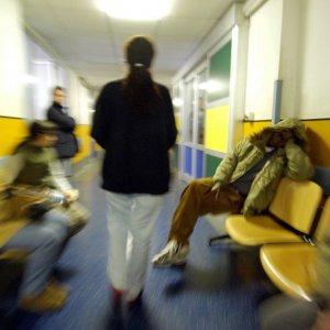 Roma, spacciavano coca nell'ambulanza: truffa e peculato all'Umberto I