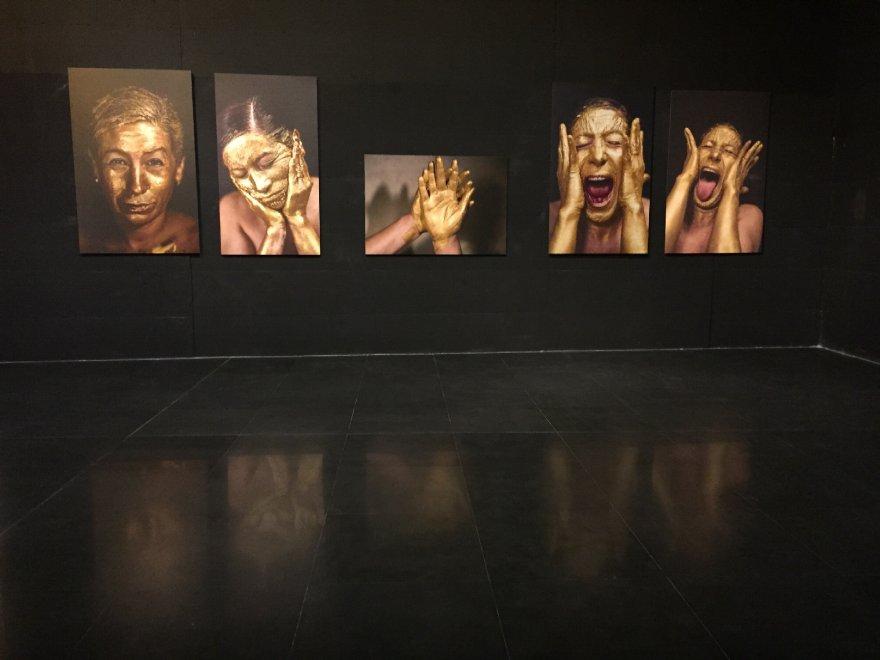 Acqua e oro, al Macro la mostra dell'ecuadoregna María Verónica León Veintemilla