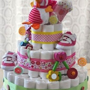 Baby shower mania sbarca a Roma, dolcetti e pannolini una festa di mamme aspettando il bebè