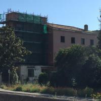 Abusivismo nel parco dell'Appia, dodici appartamenti in più nell'ex casa del Fascio