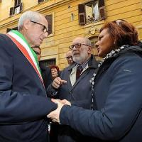 Liberazione,  in via Tasso la manifestazione della comunità ebraica romana con Napolitano e Tronca