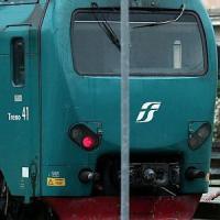 Roma, vandali imbrattano il nuovo treno Taf: ripresi dalle telecamere