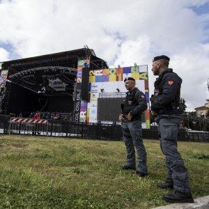 Roma, concertone blindato: varchi con metal detector e no fly zone