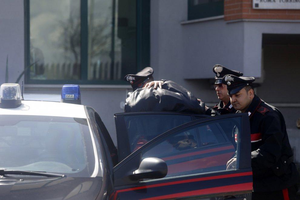 Roma, violentò turista Usa a Villa Borghese nel 2011: arrestato dopo inseguimento