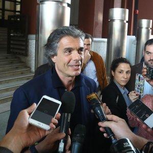 """Comunali a Roma, Marchini: """"Non celebrerò unioni gay"""".  Boschi e Cirinnà: """"Se sindaco deve rispettare leggi"""""""