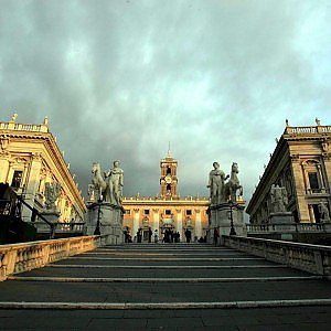 Comunali Roma, Giachetti rimonta, Meloni più popolare. M5s primo partito