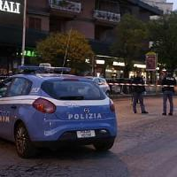 Roma, evade dai domiciliari e minaccia passanti con la pistola: arrestato