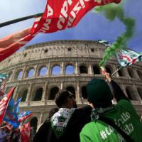 Roma, sciopero dei dipendenti pubblici. I manifestanti: