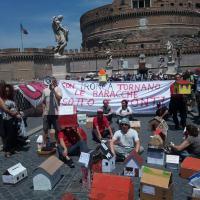 Roma, malore per attivista di Action in sciopero della fame: occupato Castel Sant'Angelo