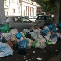 Roma, sciopero rifiuti e trasporti: disagi e blocchi in centro