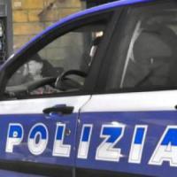 Roma, blocca l'ascensore e propone rapporto sessuale a minorenne: denunciato