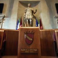 Mazzette per appalti campi rom: 4 arresti e perquisizioni al Comune di Roma