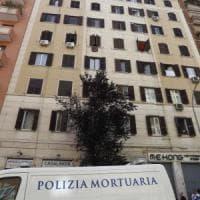 Roma, donna uccisa in casa all'Alberone: arrestato il figlio.