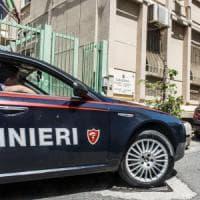 Velletri, agguato vicino a pizzeria: uomo ucciso davanti a moglie e figlie