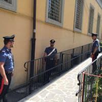 Roma, Esquilino: stupro di gruppo su donna incinta in cortile scuola. Due arresti
