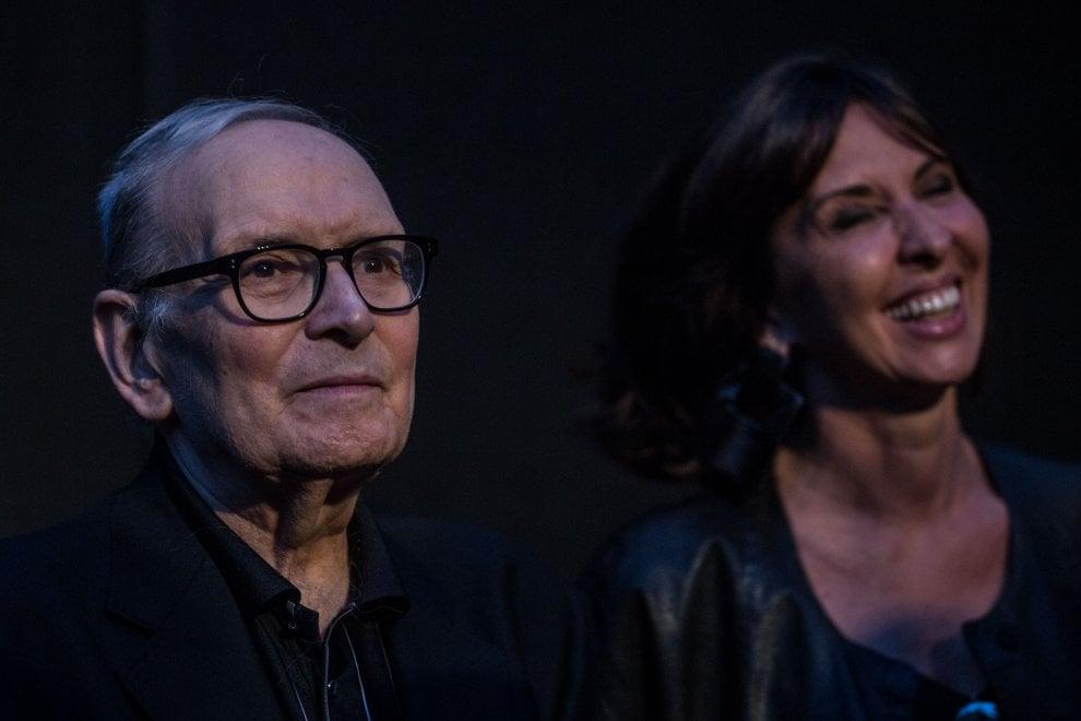 Roma, Morricone rende omaggio a Sergio Leone all'arena di viale Glorioso