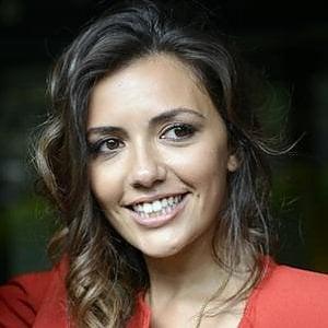 """Roma, shopping sfrenato spacciando per Serena Rossi, ex attrice di """"Un posto al sole"""", arrestate"""