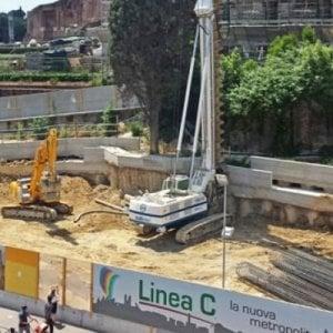 Roma, perquisizioni in Campidoglio per appalti Metro C: 12 indagati per truffa