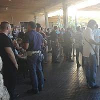 Roma-Lido ancora caos: polizia alla stazione Piramide