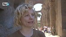 La performance di Sissi tra le rovine romane