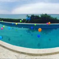 Sabaudia, la festa per il compleanno dell'azzurro Alessio Cerci