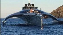 """Il trimarano extra lusso  """"C'è Di Caprio a bordo"""""""