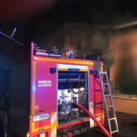 Roma, esplosione in villetta a Frattocchie: un morto e quattro feriti gravi