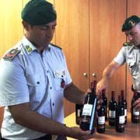Roma, barolo e moscato taroccati: sequestrate 400 bottiglie
