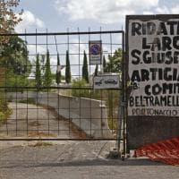Roma, nel cantiere di Portonaccio diventato rifugio per i clochard