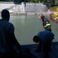 Roma, si getta nel Tevere: recuperato il corpo di un uomo