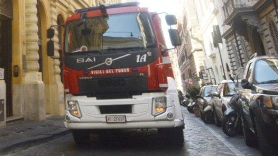 Roma, si rompe tubatura acqua: voragine a San Pietro. Coinvolta edicola