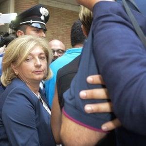 """Roma,  il caso Muraro incrina il fronte dei fedelissimi: """"Ora Raggi dica la verità"""""""