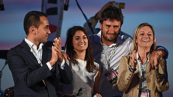 """Direttorio M5S riunito alla Camera: la maggioranza chiede la """"testa"""" di Paola Muraro"""