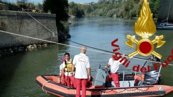 Roma, corpo di un 80enne recuperato nel Tevere a Ponte Marconi