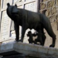 """Roma, lettera dei dirigenti alla sindaca Raggi """"Paralisi in Comune"""""""