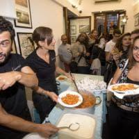 Roma, amatriciana solidale con Gassmann, Marchioni e Mastandrea