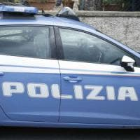 Roma, insulta e aggredisce passeggeri con calci e pugni su bus. Arrestato un 21enne