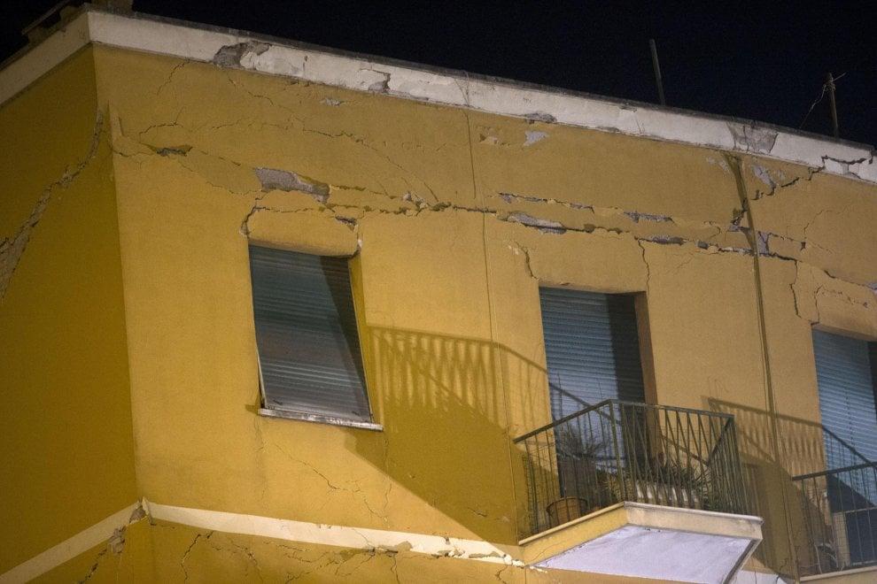 Roma le immagini del palazzo crollato a ponte milvio 1 for Ponte sopra i disegni del garage