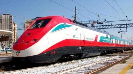 Roma, persona investita da treno, interrotta linea Av a Settebagni, su binari alta velocità