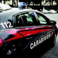 Roma, perseguita la vicina e le lancia molotov in giardino, arrestato stalker