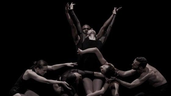 Roma, un'ora di danza ispirata alla poesia di Hilborn: al Teatro Argentina in scena OCD-LOVE