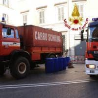 Roma, operai al lavoro in via Tiburtina rompono tubo gas: chiuso e poi riaperto