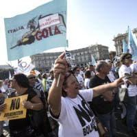 Roma, ambulanti in piazza contro la direttiva Bolkenstein