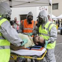 Roma, al Gemelli vigili del fuoco e tende di decontaminazione per simulazione incidente chimico